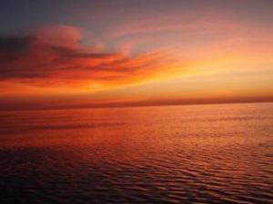 Solnedgång på Timorsjön