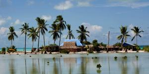 Kiribati med mycket vatten