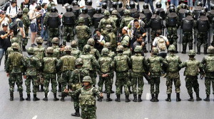 Militärjuntan tar över Thailand